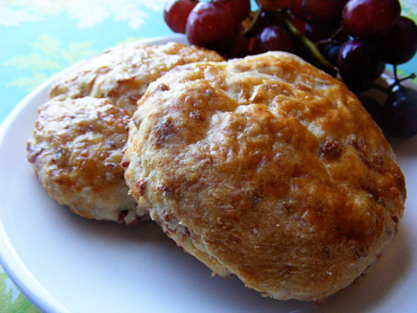 Bacon Cheddar Biscuits - Keeping Life Creative